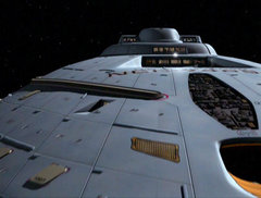 Close-up view of the //Intrepid//-class' primary hull